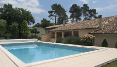 Magnifique villa Cercoux limite Laruscade 8 pièces 260 m2
