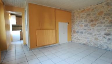 Maison de village  3 chambres avec garage