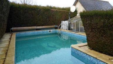 Maison de campagne 250 m², 3 chambres, piscine