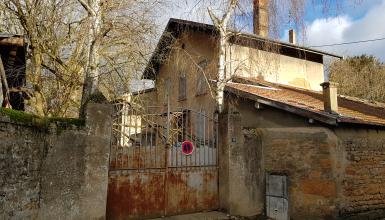 Maison à rénover à Albigny