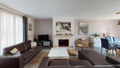 MAISON FAMILIALE, décoration contemporaine, 4 chambres